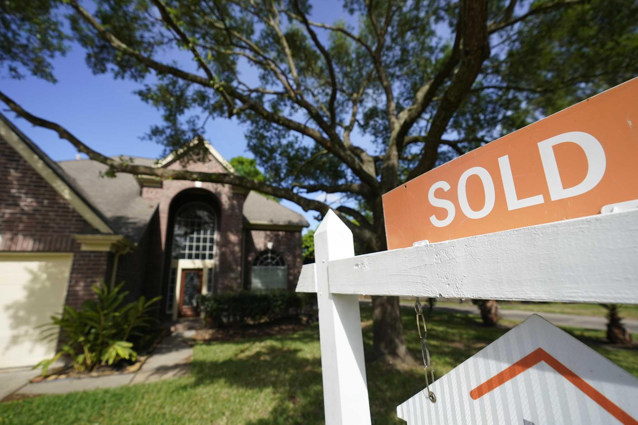 Home Sales Spike In Houston For First Time Since Pandemic Began Houstonchronicle Com