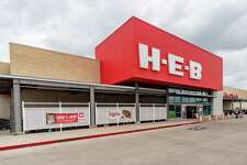 The H-E-B Supermarket at 3590 College St. in Beaumont. Photo made on May 8, 2020. Fran Ruchalski/The Enterprise