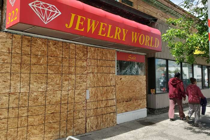 A business on Central Avenue in Albany that was closed after recent looting. (Chris Churchill / Times Union)