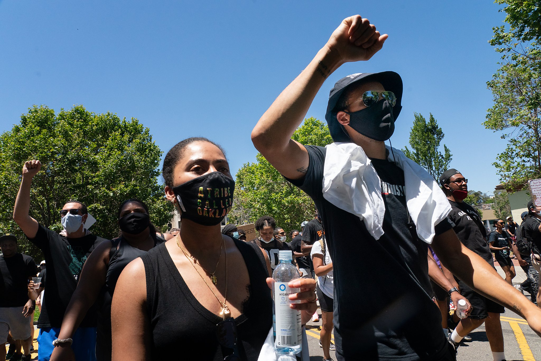 Stephen Curry, Klay Thompson attend Oakland protest led by Juan Toscano-Anderson