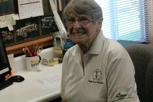 Bonnie Koteles was working with the Marquette Trails Tuesday After Five Women's Golf League. (Star photo/John Raffel)