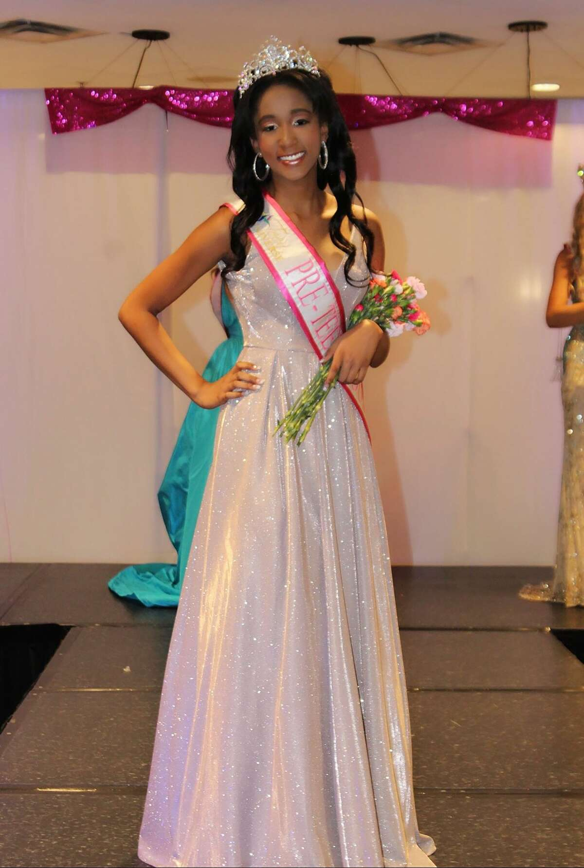 Nicole Mayberry, a high-school freshman, is the first Teen Universe Pre-Teen Texas 2020 winner. She was crowned on May 24.