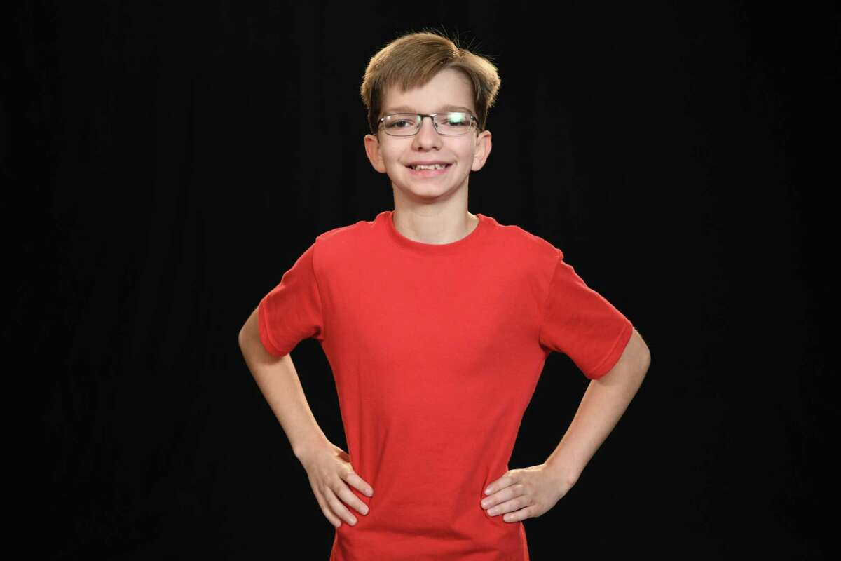AMERICAN NINJA WARRIOR JUNIOR -- Age Group 11-12 Hero Shots -- Pictured: (l-r) -- (Photo by: Eddy Chen/Universal Kids)