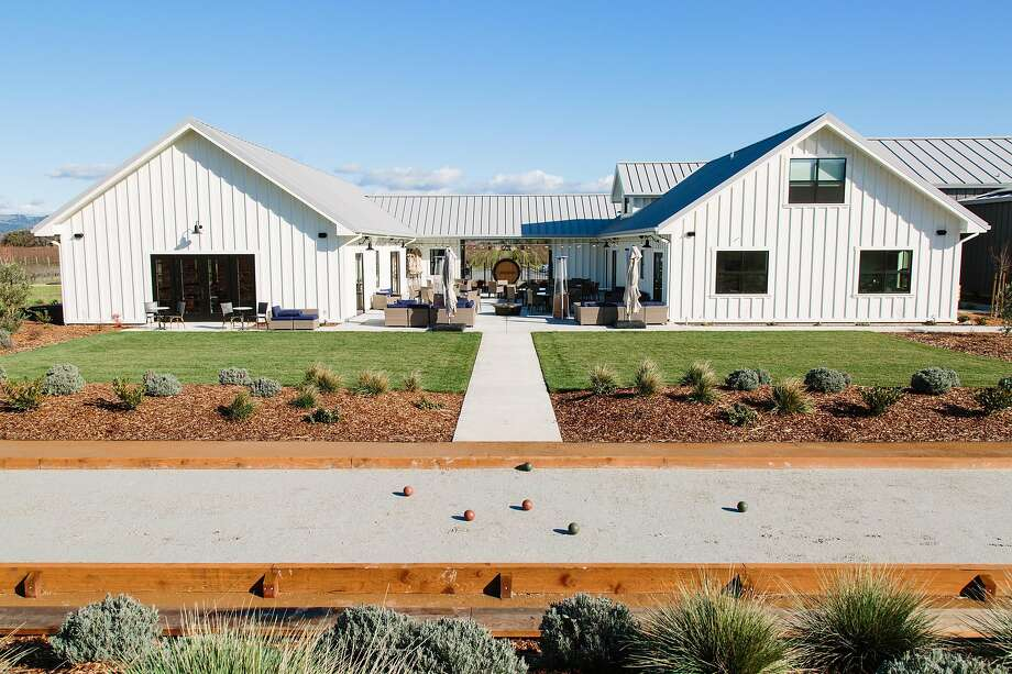 Anaba Winery, which unveiled a new visitor center last year, reopened June 5. Photo: Los Heeffernans
