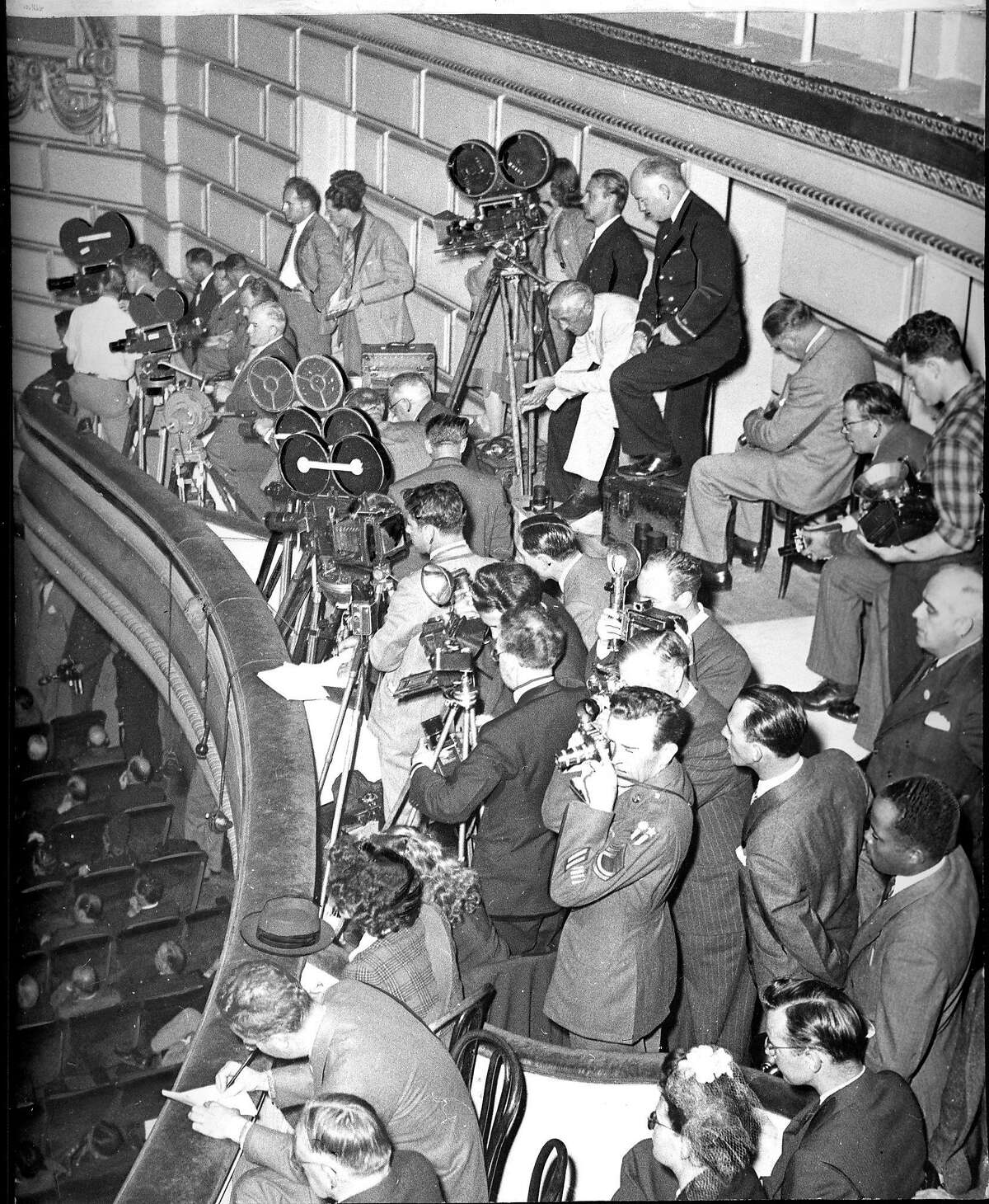 Photographers and cameramen in the OPera House record the activity of the Conference Photo ran 04/29/1945, p. 5 Likely Chronicle photo, but no photographer credit United Nations conference