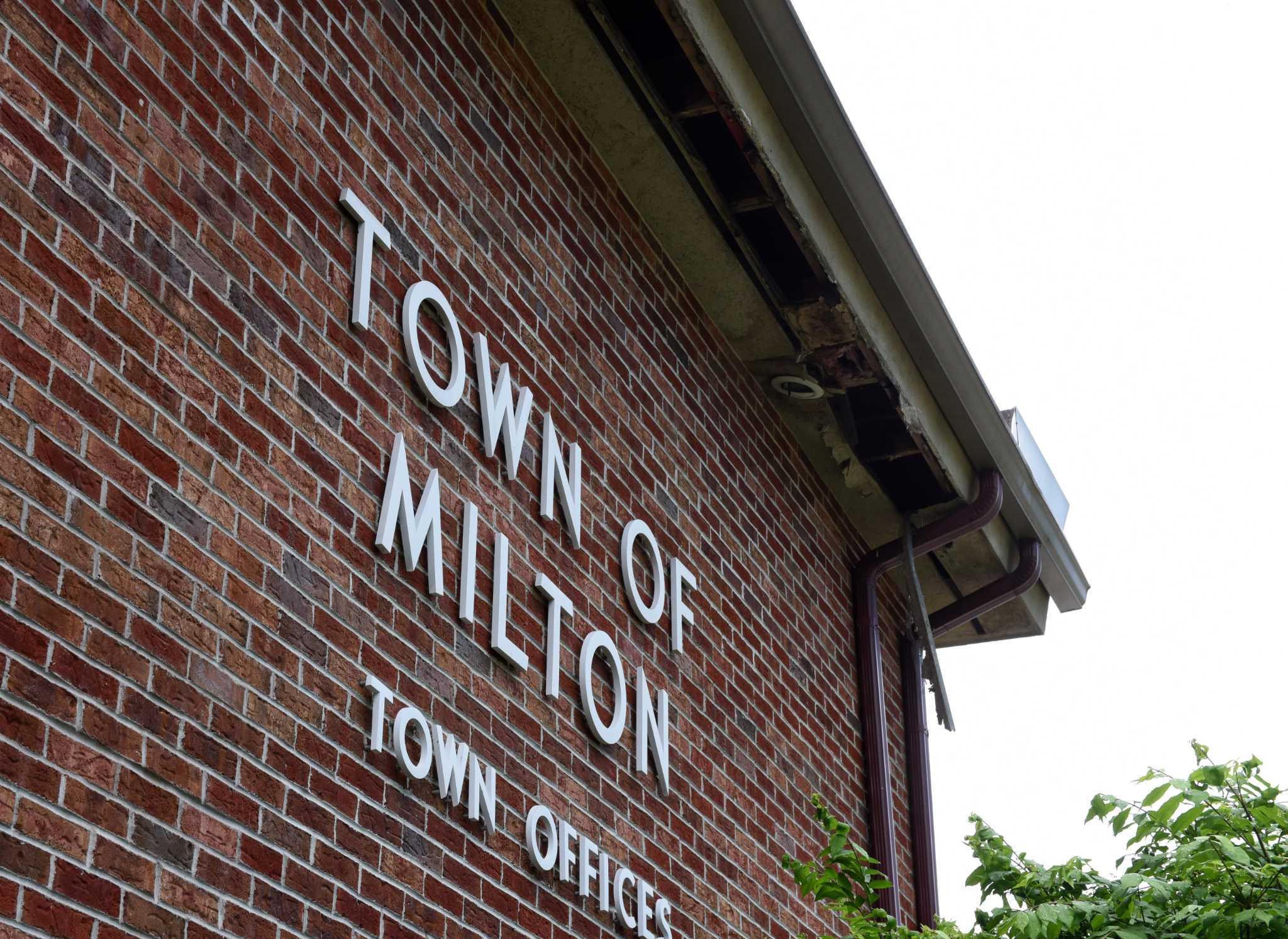 Despite Milton's woes, 3 people want top job