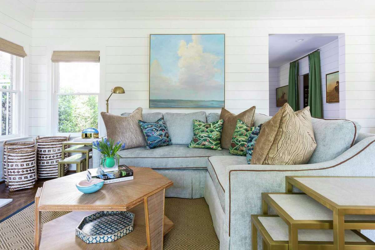A custom-made sectional sofa was required to make the most of a small living room.
