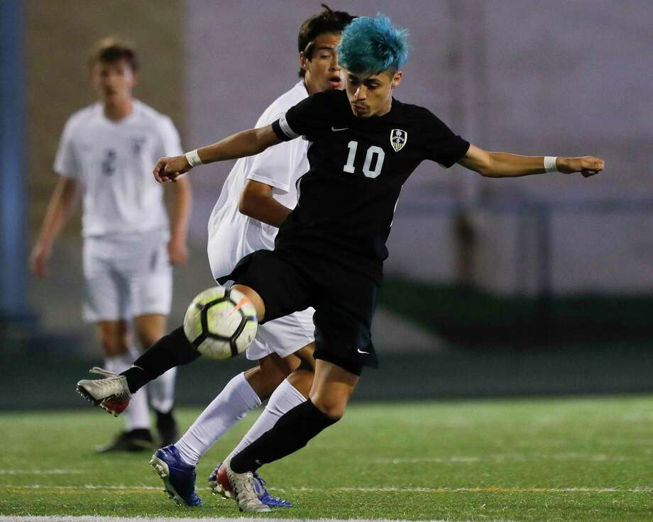 Conroe's Danny Bonilla (10) is The Courier's Player of the Year. Photo: Jason Fochtman, Houston Chronicle / Staff Photographer / Houston Chronicle  © 2020