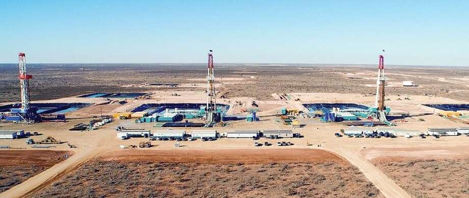 Encana – now Ovintiv – used cube development at its RAB Davidson lease in the Permian Basin. During the current downturn, producers may turn to unbounded vertical drilling. But when pad development returns, electrofacies could help find potential communication channels between parent and child wells. Photo: Courtesy Ovintiv