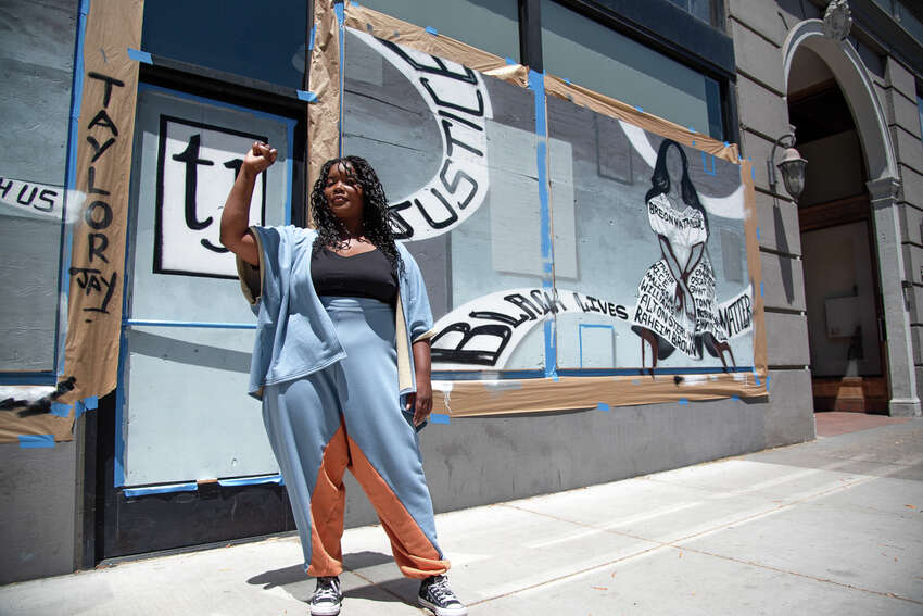 When she returned the next day, her boutique was vandalized with some graffiti, though the large glass windows stayed intact. After she left to figure out how to clean the windows, she came back and someone had already done it for her.