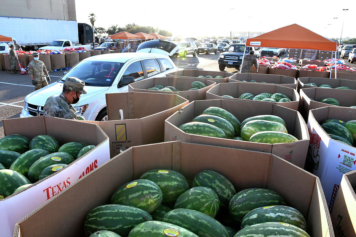The South Texas Food Bank, in partnership with the City of Laredo and Webb County, hosted a mass COVID-19 Emergency Food Distribution for 5,000 local families affected by the COVID-19 pandemic, Saturday, June 6, 2020 at the Sames Auto Arena.