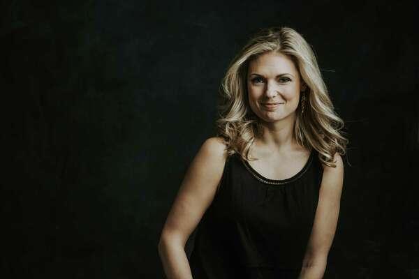 Marci Izard Sharif is a Houstonauthor, yoga teacher and meditation facilitator.