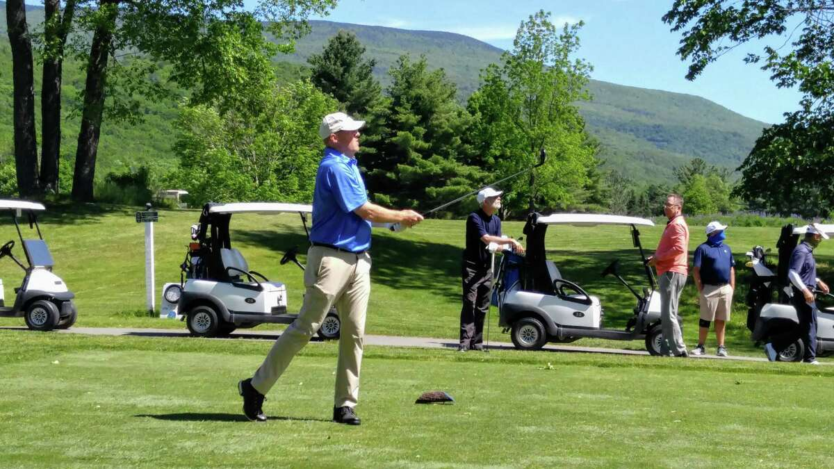 Golf Column Courses Reporting Heavy Volume Of Play During Pandemic