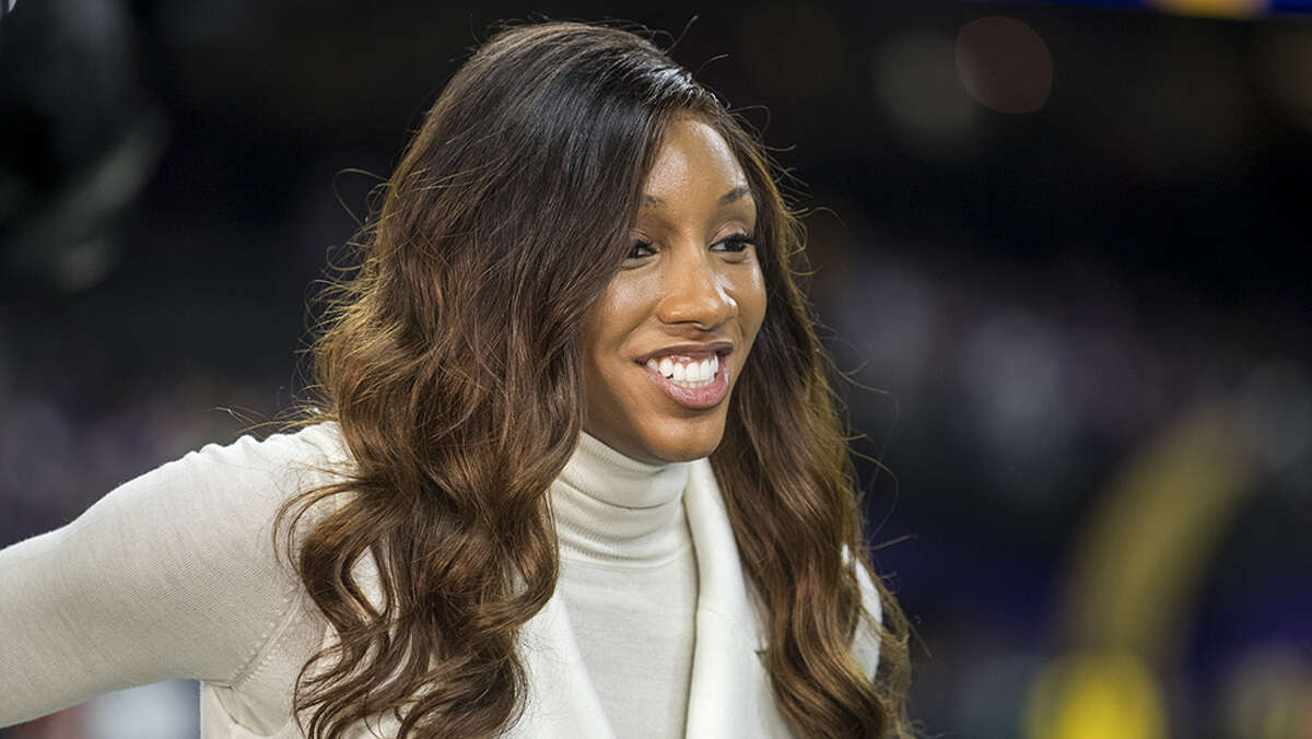 When Maria Taylor, a fast-rising star who has hosted several shows, spoke about her treatment at ESPN, she was interrupted by a white male play-by-play announcer who apparently did not realize that his microphone was not muted.