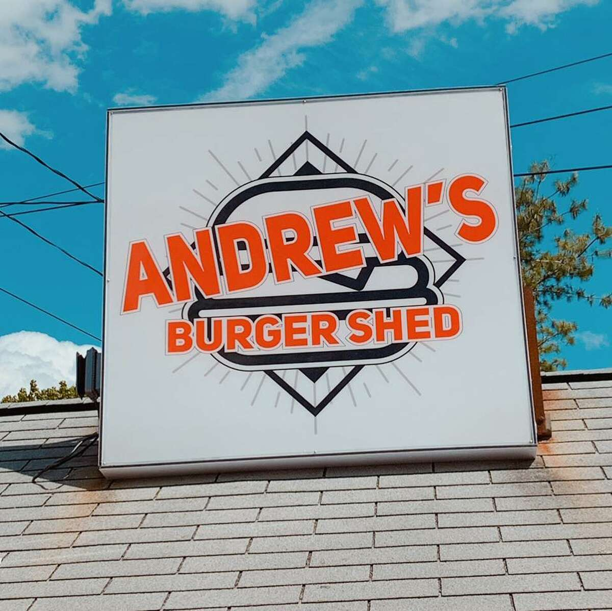 Andrew's Burger Shed has replaced Ross's Ice Cream & Hamburger Stand in Slingerlands. Keep clicking for more restaurants that are gone but not forgotten in the Capital Region.
