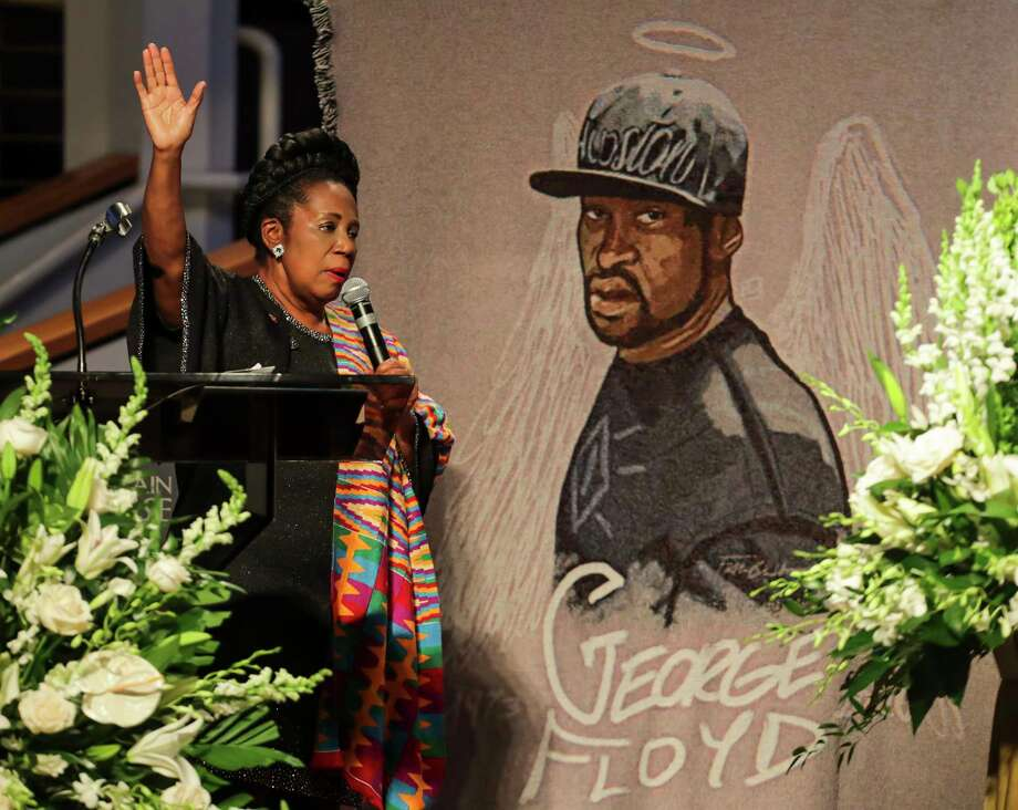 Congresswoman Sheila Jackson Lee speaks during the funeral for George Floyd on Tuesday, June 9, 2020, at The Fountain of Praise church in Houston. Floyd died after being restrained by Minneapolis Police officers on May 25. Photo: Godofredo A. Vásquez, Houston Chronicle / Copyright 2020 Godofredo A. Vásquez/HOUSTON CHRONICLE. All rights reserved.