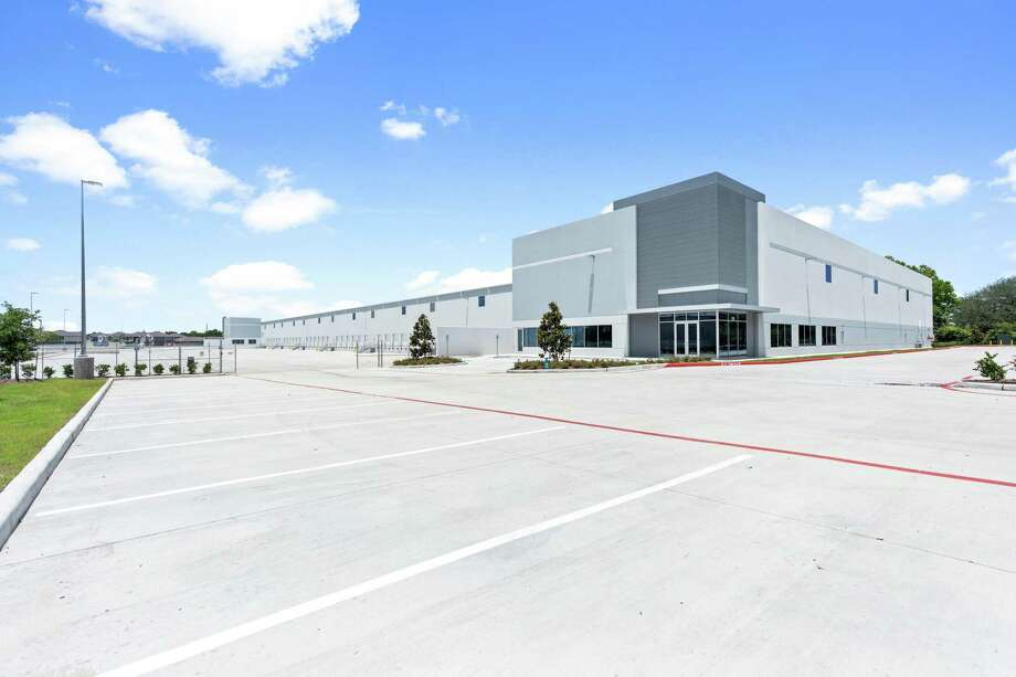 Hallmark Floors purchased the recently built distribution center at 730 Genoa Red Bluff Road from Vigavi SEDC. Photo: CBRE