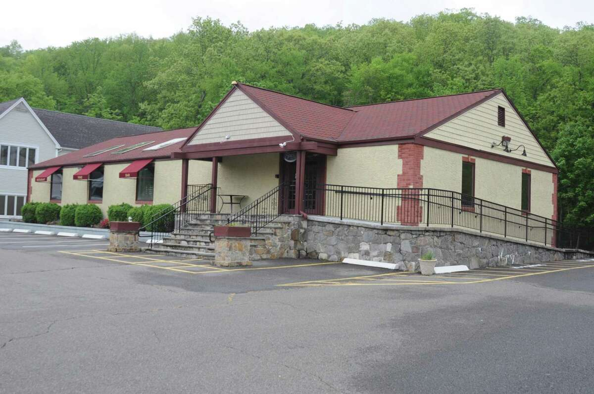 The empty restaurant building at 896 Ethan Allen Highway was the potential site of drive-through food service if the Planning and Zoning Commission had been receptive to the idea, but the commission wasn't open to it.