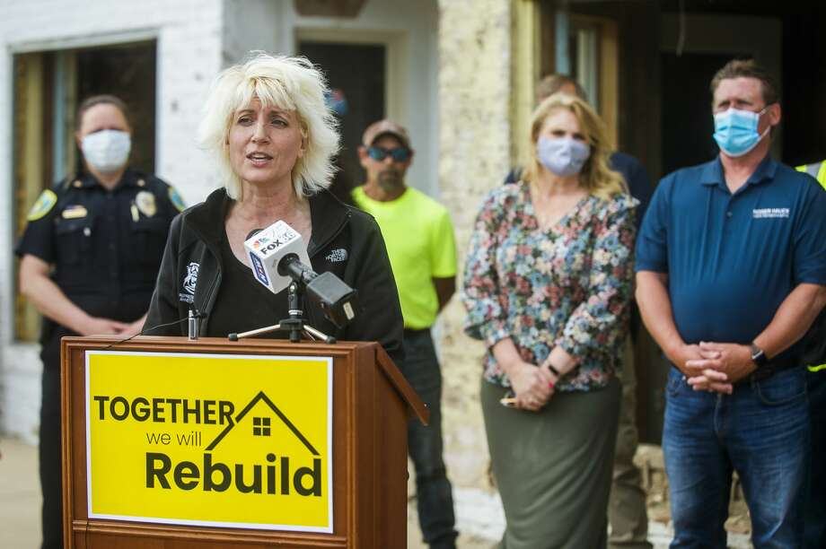 Rep. Annette Glenn speaks during a press conference Thursday, June 11, 2020 in downtown Sanford, during which she announced House Bill No. 5843, which would appropriate $6 million to Midland County and the City of Midland to deal with the recent destruction and damage caused by the flooding of the Tittabawassee River. (Katy Kildee/kkildee@mdn.net) Photo: (Katy Kildee/kkildee@mdn.net)