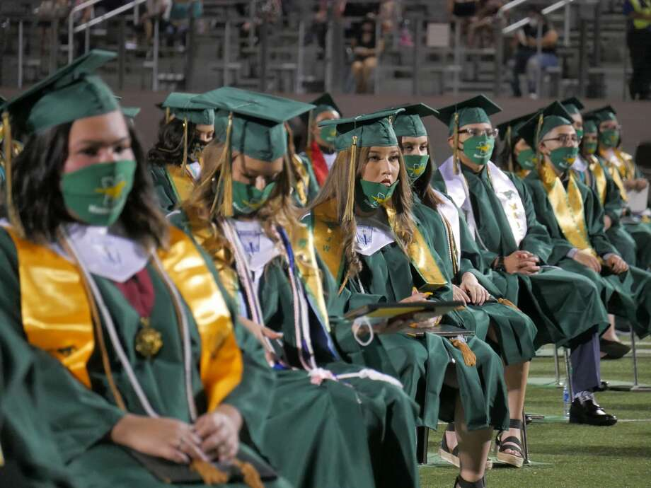 Nixon High School closed the 2019-2020 school year with the graduation ceremony for the senior Class of 2020, Thursday, June 11, 2020 at Shirely Field. Photo: Cuate Santos