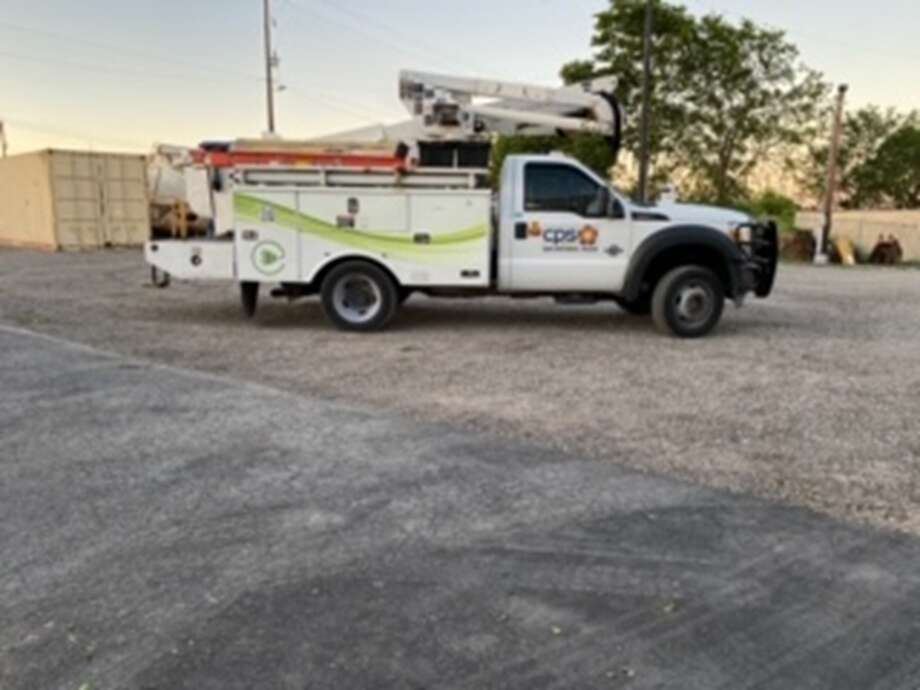 CPS Energy is asking the public for help in locating a stolen bucket truck that looks similar to the one in the photo. Photo: CPS Energy
