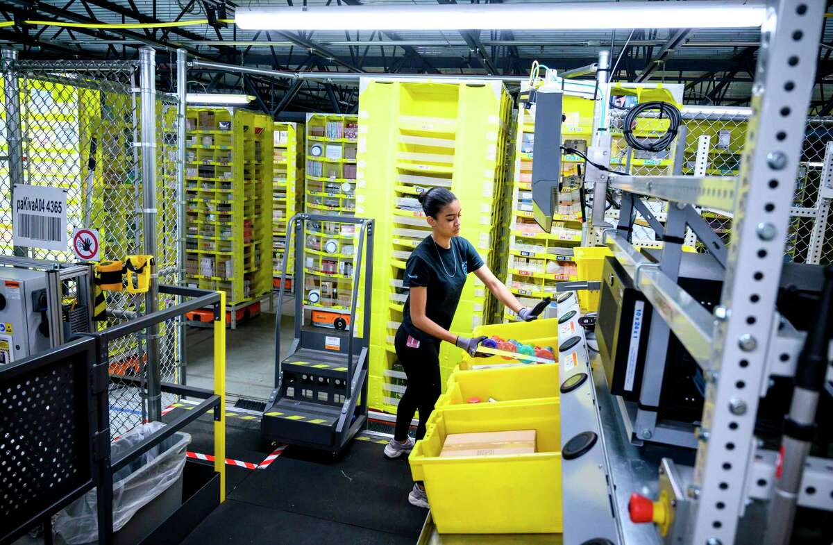 An Amazon distribution center in February 2019 in New York City. Amazon has become Connecticut's fastest growing employer, adding more than 4,000 jobs since 2016. (Photo by Johannes EISELE / AFP)JOHANNES EISELE/AFP/Getty Images