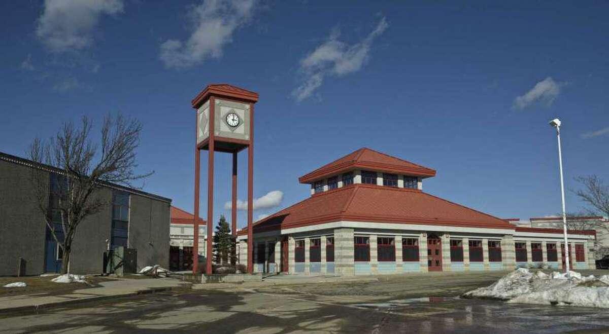 New Fairfield High School
