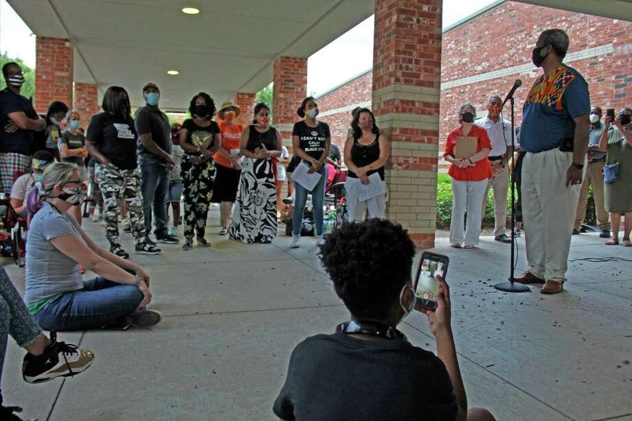 Fort Bend County Commissioner Grady Prestage speaks at a vigil honoring George Floyd on Saturday. Photo: Kristi Nix