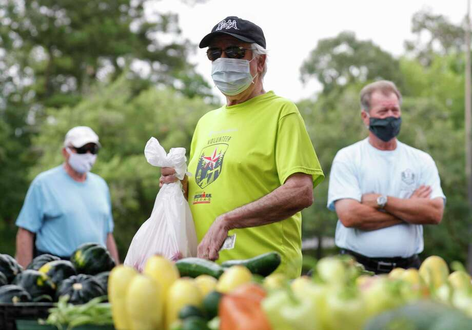 As news of the number of cases increasing, the Montgomery County Public Health District urged residents to take precautions including wearing masks. Photo: Jason Fochtman, Houston Chronicle / Staff Photographer / 2020 © Houston Chronicle