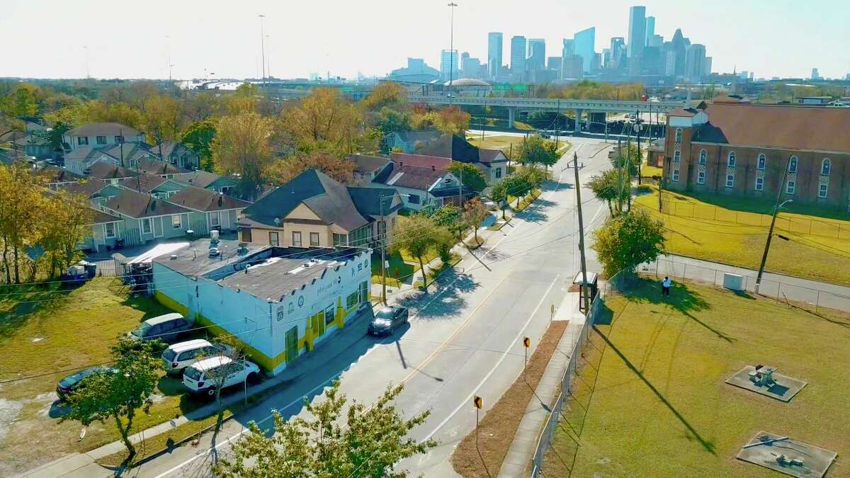 Bradley is in collaboration with Senegal and Cocoa Collective Xchange to bring black-owned businesses into Fifth Ward neighborhoods, calling the mission, Buying The Block.