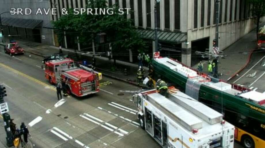 A Metro bus crashed into a pole on 3rd Avenue in downtown Seattle. Photo: Courtesy Seattle DOT