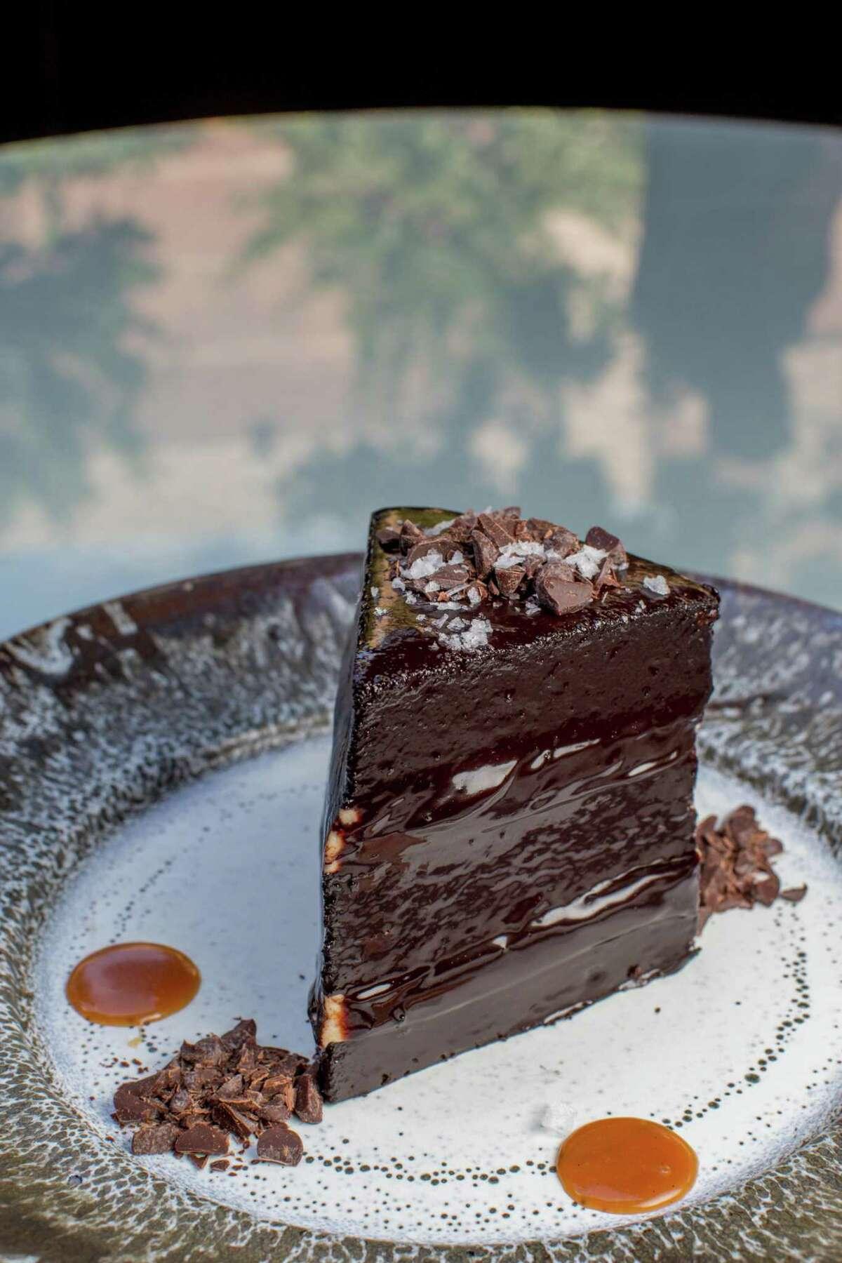 Tris chocolate cake