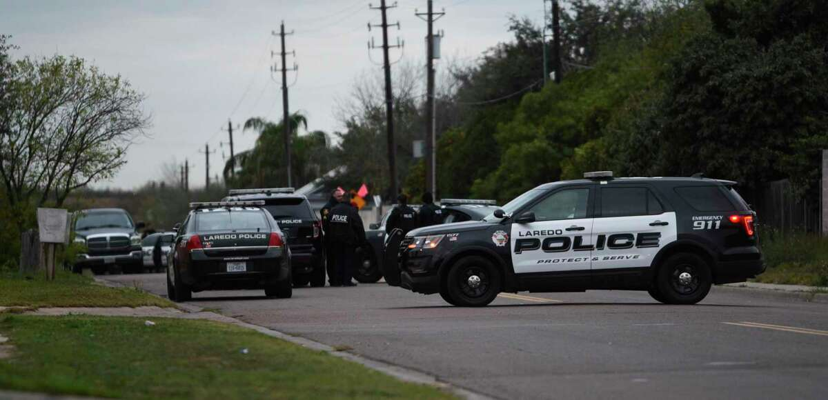Laredo Police block the intersection of Bristol Road and Orleans Loop on Wednesday, Jan. 30, 2019.