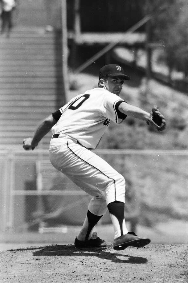 Mike McCormick of the San Francisco Giants pitches during the 1967 season. (Photo by Sporting News via Getty Images) Photo: Sporting News Via Getty Images 1967
