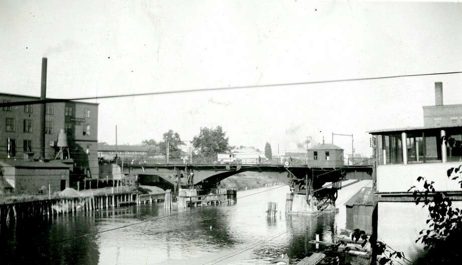 This view from the very early 1900s shows the Maple Street Bridge.
