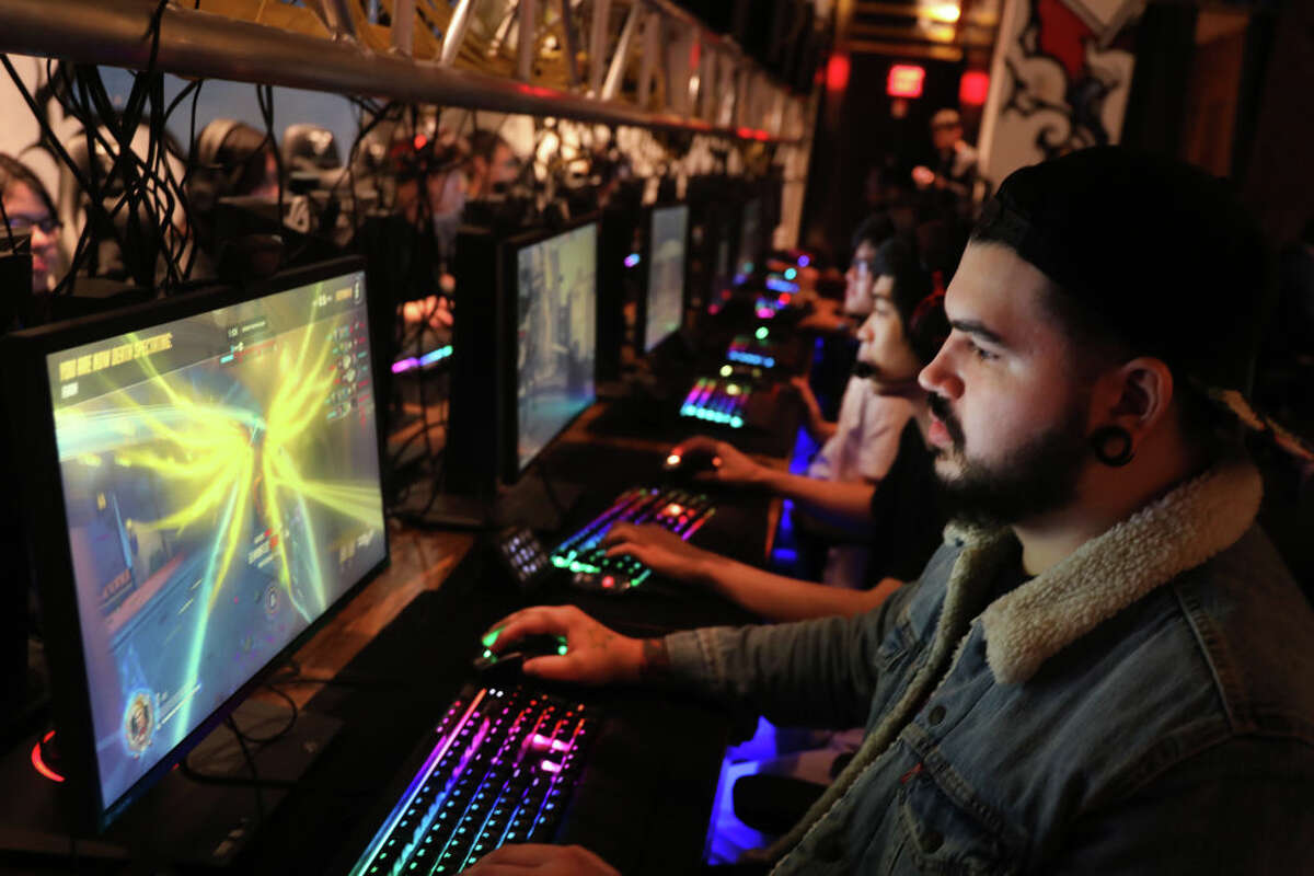 3. New York, NY Gaming environment rank: 6Internet quality and coverage rank: 10Gamer and developer opportunity rank: 6