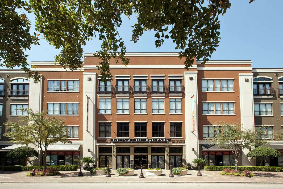 Banyan Residential entered the Houston market with the acquisition of Lofts at the Ballpark, a 375-unit apartment complex at 610 Saint Emanuel St.