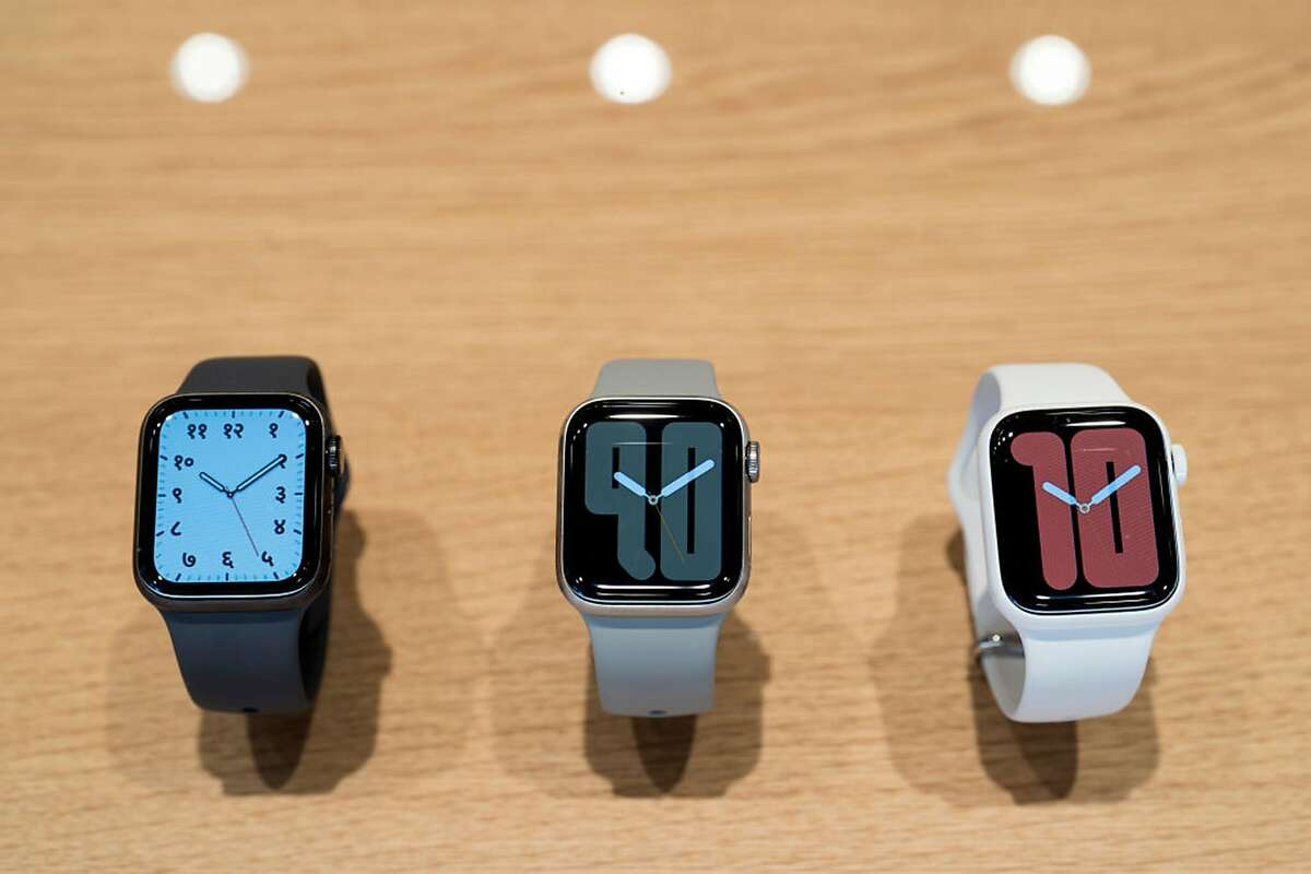 Apple Watch Series 5 devices are displayed in the Apple Marunouchi store on September 20, 2019 in Tokyo, Japan. Apple is expected to unveil the next version of its Watch on Tuesday, Sept. 15, 2020.
