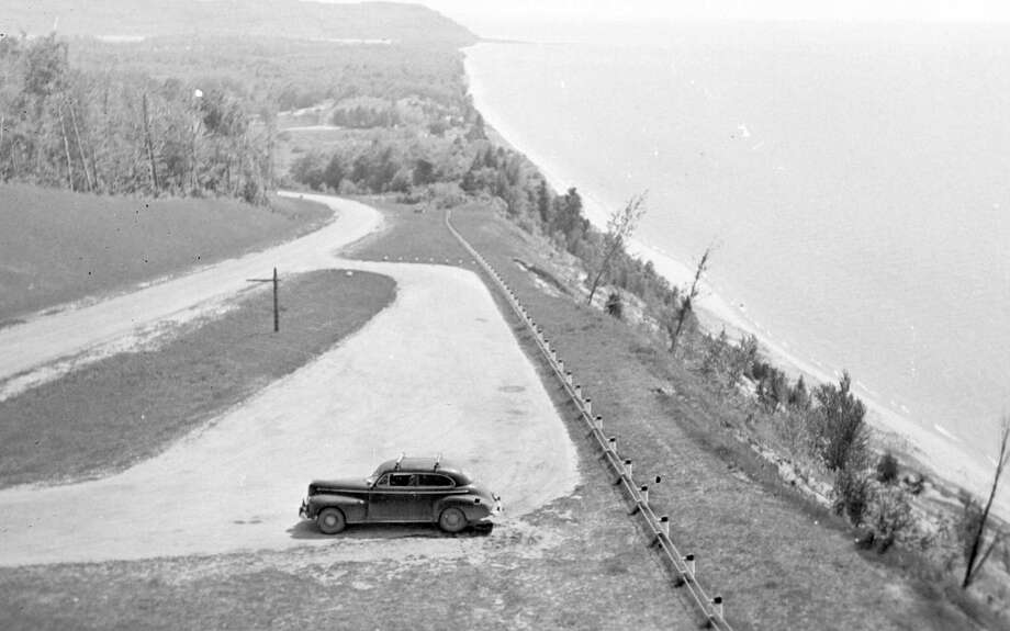 The lookout on the bluff just outside Arcadia on M-22, circa 1940s.