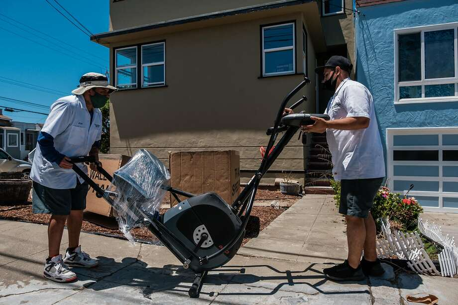 Finding new tenants is a challenge, landlords said, but some are moving from smaller apartments to seek more space when working from home. Photo: Nick Otto / Special To The Chronicle