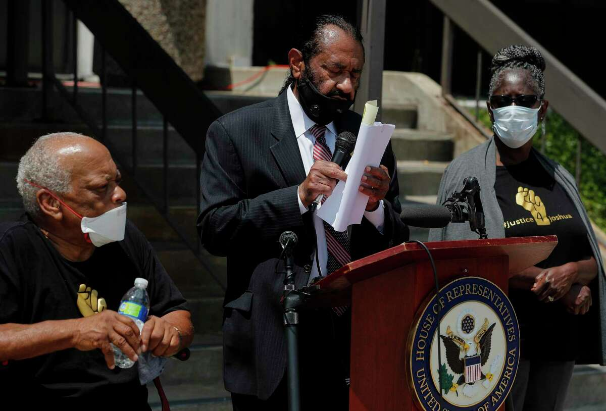 Congressman Al Green alongside Richard, left, and Wilhemina Beary, parents of Joshua Johnson, talk to reporters during a press conference Wednesday, June 17, 2020, in Houston. Green met with Harris County Sheriff Ed Gonzalez and Johnson's family, who was killed by an unnamed, plain-clothes, undercover Harris County Sheriff's Office deputy on April 22, 2020.