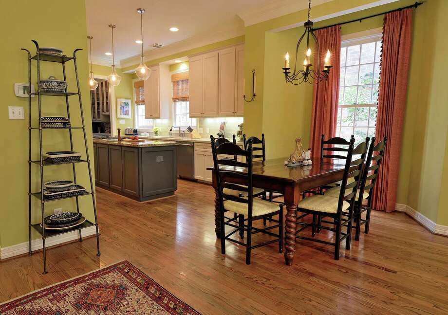 Vivid colors add warmth to smaller kitchens.