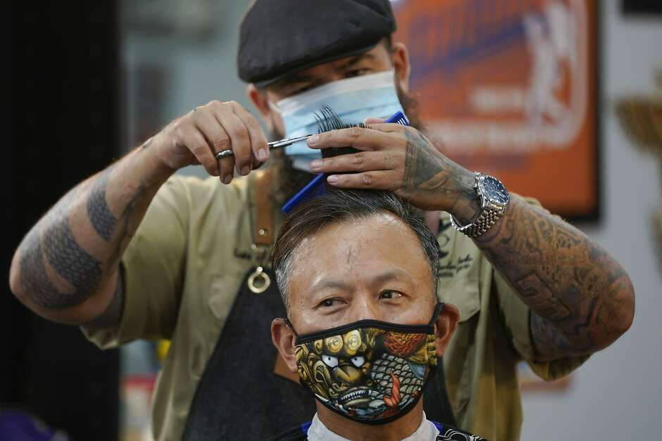 California requires use of face masks to prevent COVID-19 infection