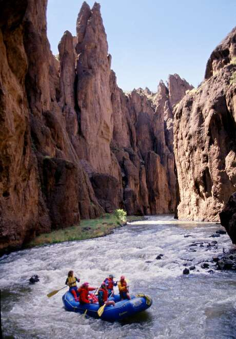 Rafters float along the Bruneau River in the Owyhee Canyon lands of southwestern Idaho in this undated handout photo. Photo: STEVE BLY / AP