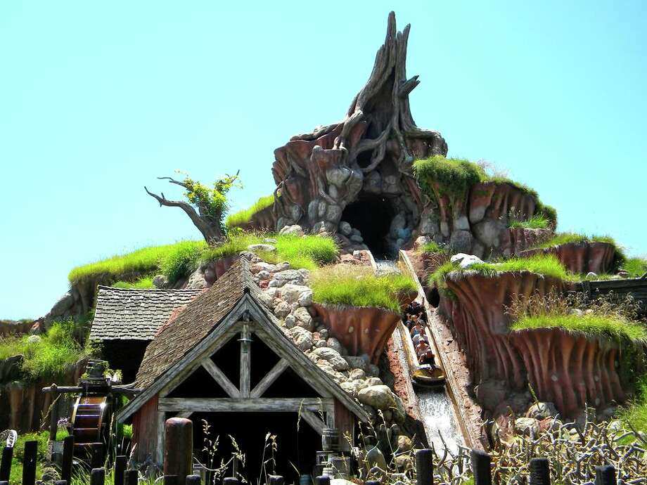 Disneyland's classic ride Splash Mountain. Photo: Cd637/Wikipedia