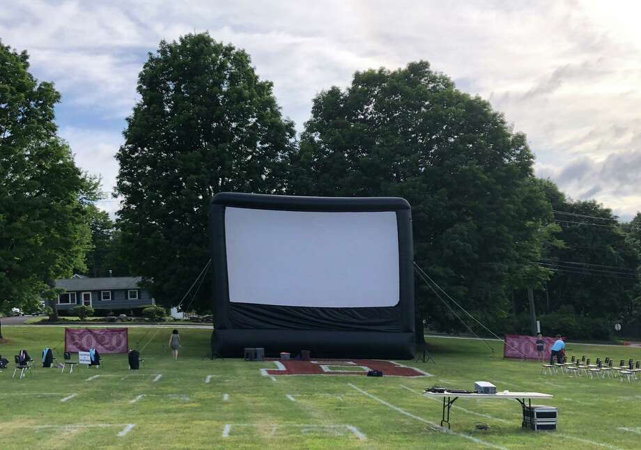 A photo taken of the screen before Bethel High School's 2020 graduation. Photo: / Superintendent Christine Carver Twitter