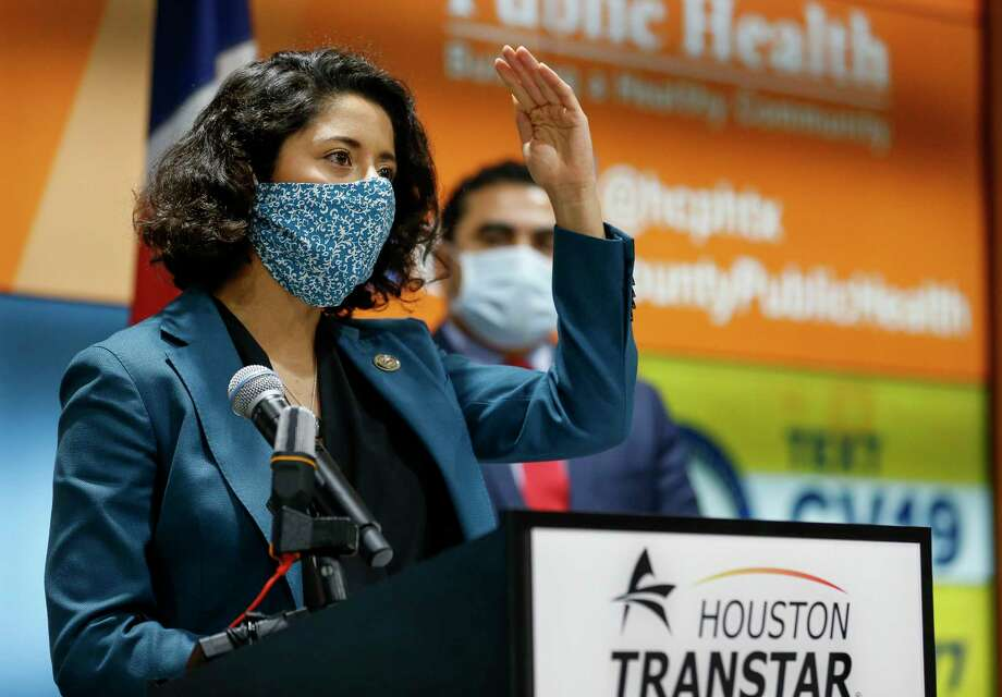 Harris County Judge Lina Hidalgo, shown here April 20, will issue an order mandating that businesses require their customers to wear face masks to reduce the chances of spreading the novel coronavirus. Photo: Godofredo A. Vásquez, Houston Chronicle / Staff Photographer / © 2020 Houston Chronicle
