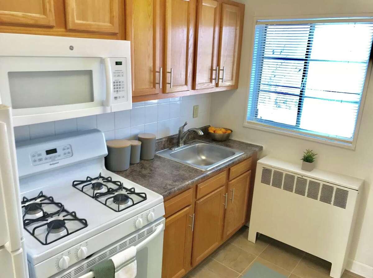 Tivoli Park, 469 Livingston Ave., Albany: $895+ (1 bed, 1 bath, 570 square feet)