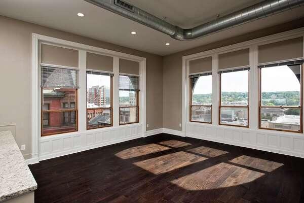 Steuben Place Apartments, 40 Steuben St. No. 203, Albany: $1,525 (1 bed, 1 bath, 845 square feet)