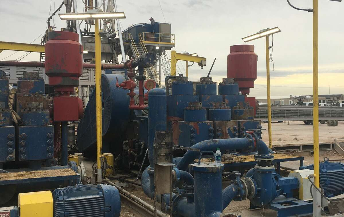 Sigma's Charge-Free dampeners at work in the field. The cylinder pulsation dampeners work off the mud pumps.